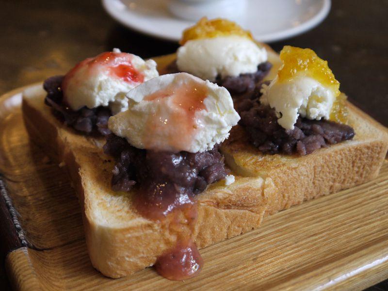 知る人ぞ知る!名古屋の名店KAKOで激ウマ「小倉トースト」