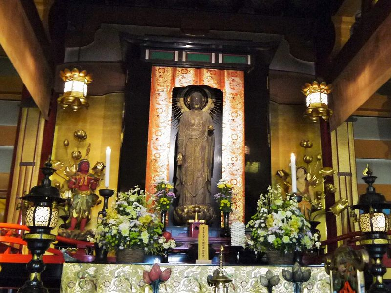 本当に見ていいの?「京の冬の旅」で壬生寺の本堂と狂言堂を大公開