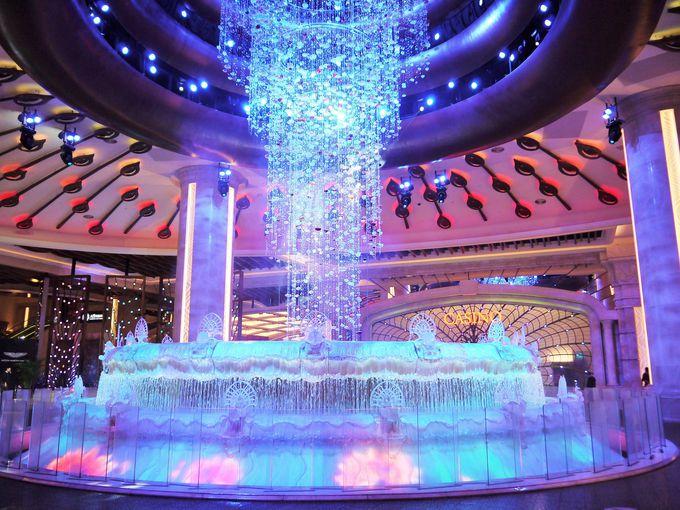金運を呼び込む噴水ショー!フォーチュン・ダイヤモンド
