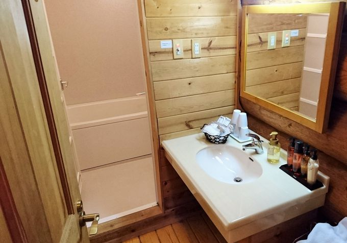 ログハウスの中は設備も良く、とっても快適!