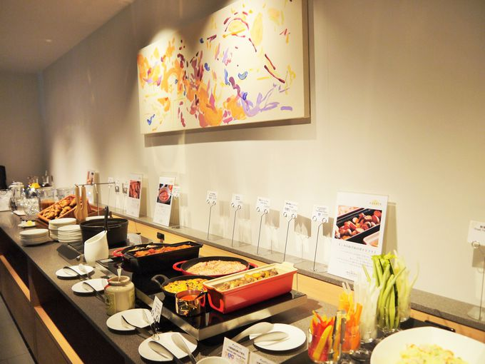 焼き立てパンとごちそう野菜の朝ごはんも「ホテルインターゲート京都 四条新町」の魅力