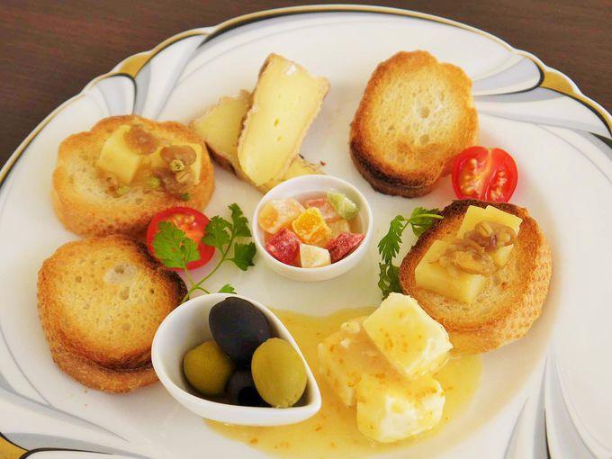 和歌山のナチュラルチーズと近代クエのパネル展
