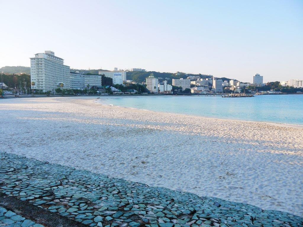 とっても神秘的!美しいビーチの早朝散歩