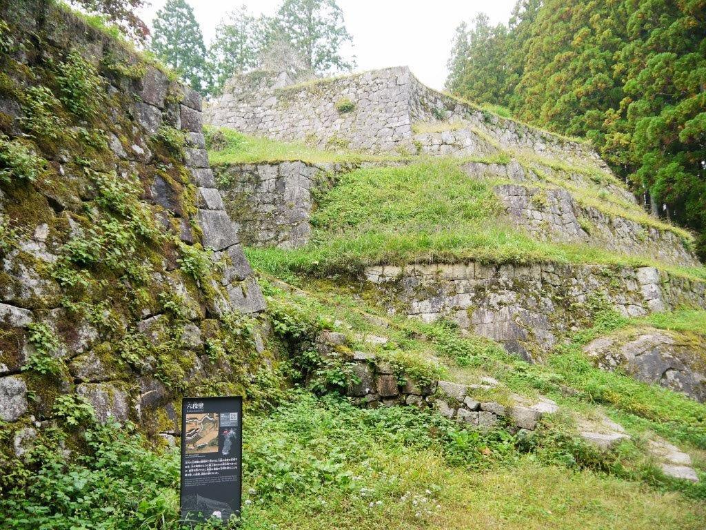 日本三大山城の一つ「岩村城跡」に残る霧の伝説