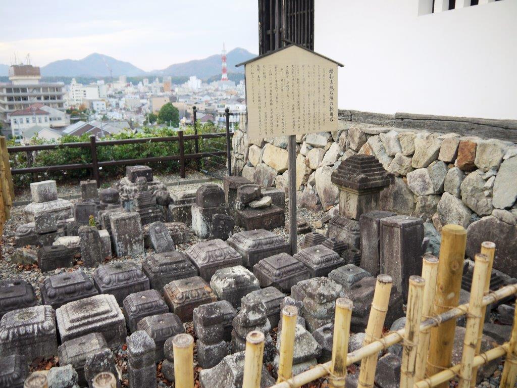 福知山城の見どころは石垣!転用石&野面積み