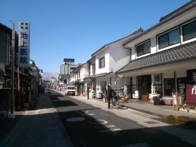 蔵の町・中町商店街