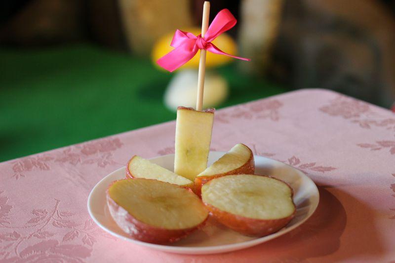 りんご飴の認識が変わる!白雪姫のスウィートアップルは絶品