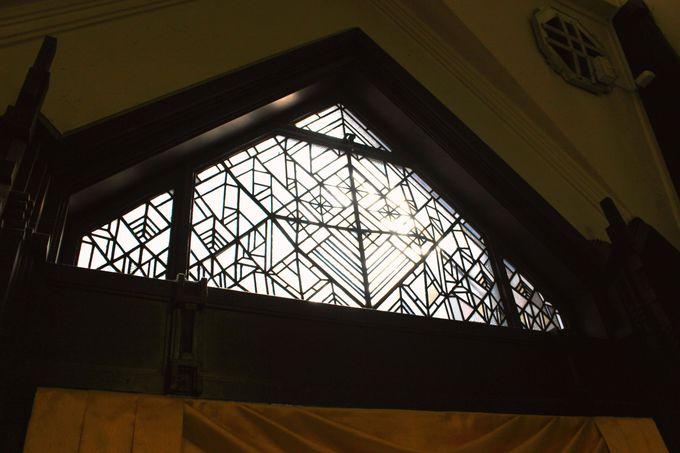 昭和初期の空間が残る6F『銀座クラシックホール』も