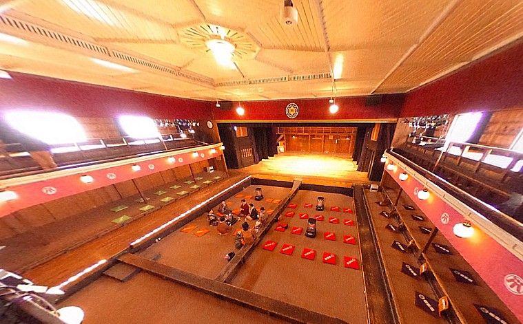 秋田県「康楽館」は明治時代の姿を残す最古級の芝居小屋