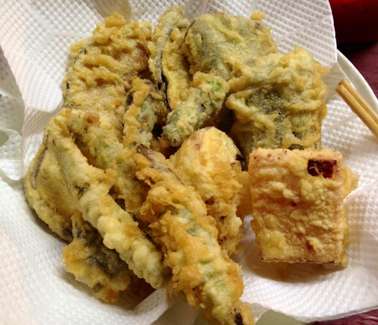 美味しい天ぷらと名物大将が迎えてくれる「若大将」