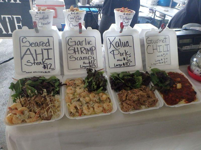 ハワイ名物のプレートご飯もたくさん!