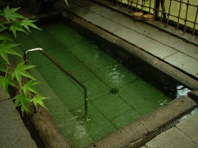 「薩摩の黒」ココにあり!「薩摩の黒湯」