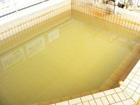 霊峰高隈山に湧き出る霊泉「山寺鉱泉浴場」