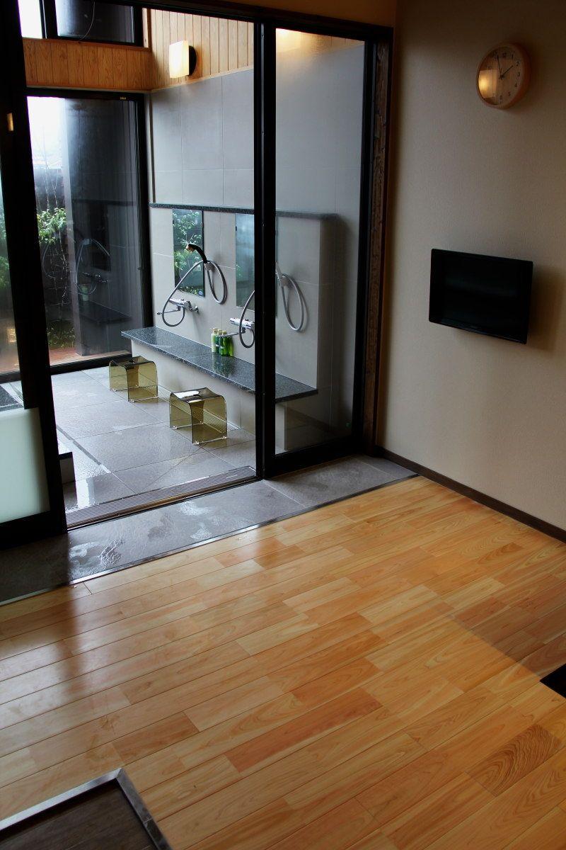 全8室、脱衣・休憩室も広々快適空間