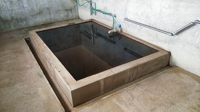 微モール臭漂うかけ流し亀沢温泉公衆浴場