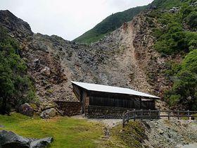 あの映画のワンシーンを彷彿!鹿児島トカラ列島・悪石島「湯泊温泉公園」