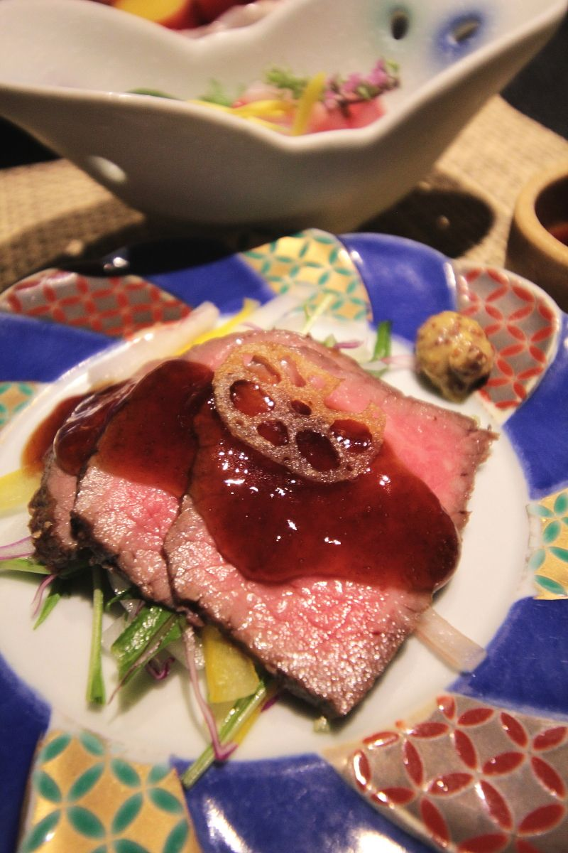 創作懐石料理は薩摩の黒3種から!