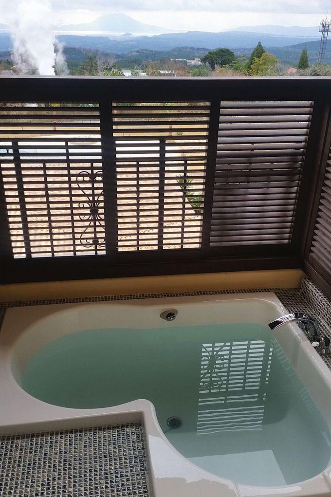 南欧調の全客室テラスに天然温泉ビューバス