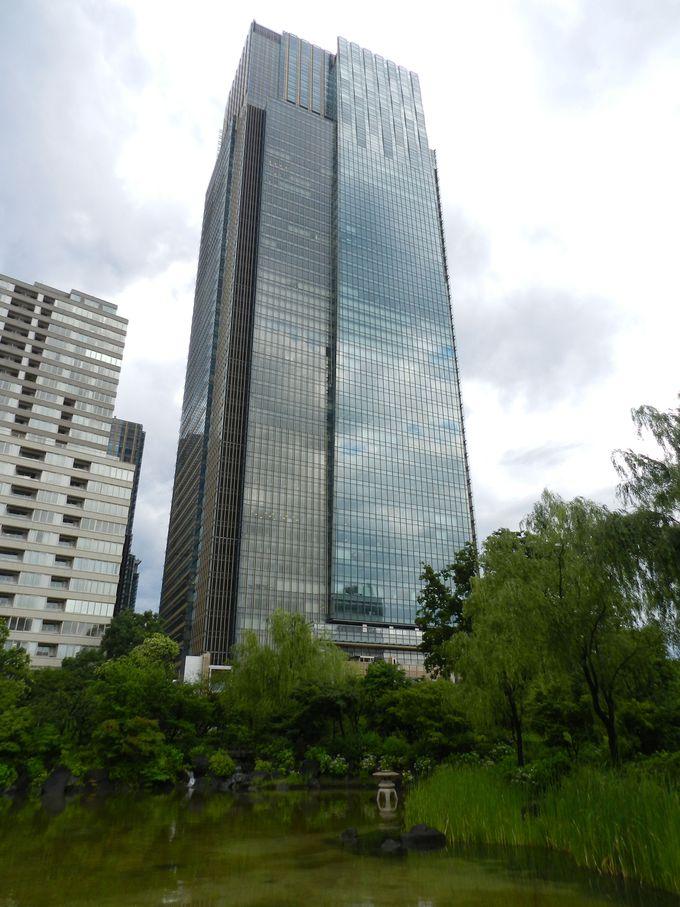 ミッドタウン・タワーの眼下に広がる、情緒あふれる庭園です