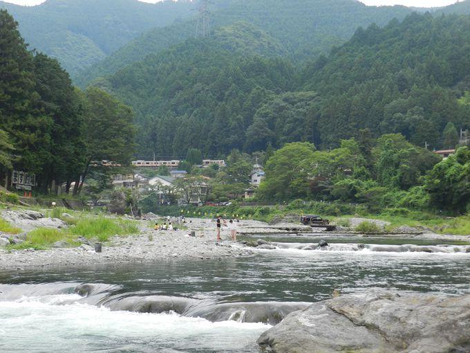 下山後は、御岳渓谷で激しく美しい多摩川の上流景観を!