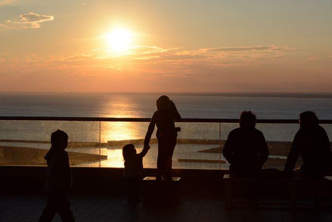 日没の静寂な時間、ドラマチックな場面に出会えますよ!