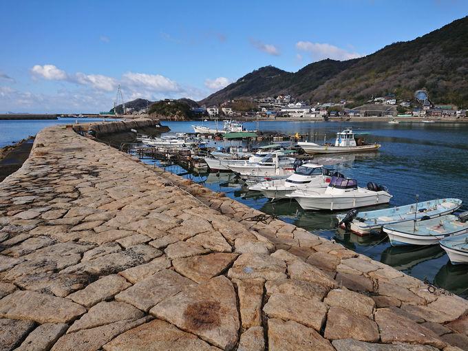 潮風を受けながら港をぐるっと半周して「大波止」へ