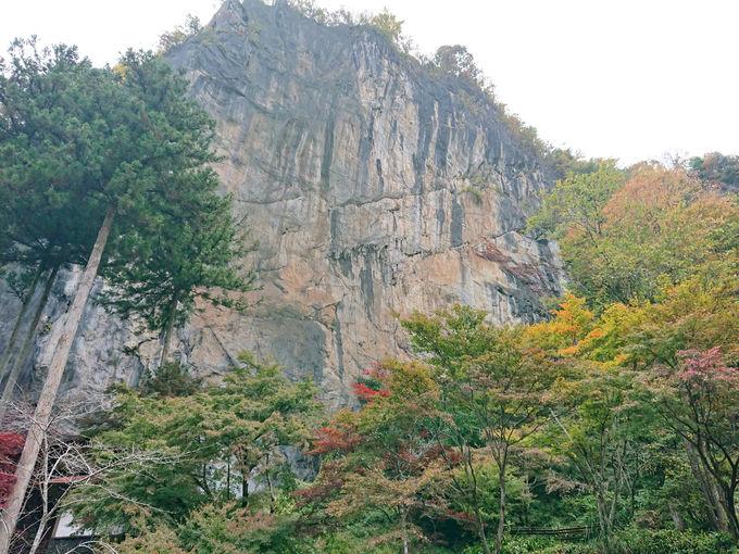 橋立鍾乳洞で武甲山の石灰岩地層に潜入!