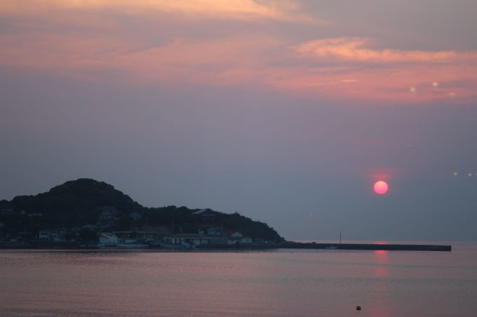 開放感のあるロビーラウンジ!窓の向こうには三浦半島や富士山が見える!!