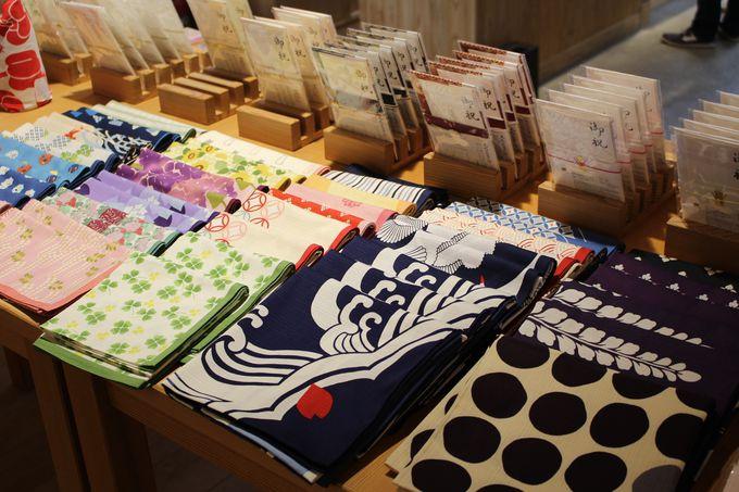 日本酒をはじめ、あまさけや、塩麹、粕漬けにキッチン雑貨のお土産処
