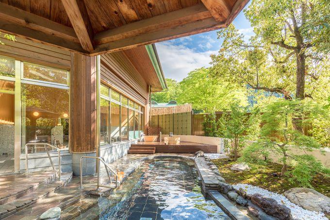 開放感のある露天風呂!檜のツボ湯で体はポッカポカ