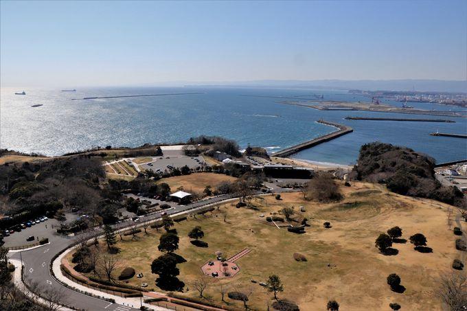 ホテル花天(かてん)は三崎公園の海浜樹林に囲まれた一軒宿