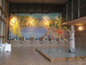 山下清の壁画風呂と囲炉裏で頂く山里料理!群馬上牧温泉「辰巳館」