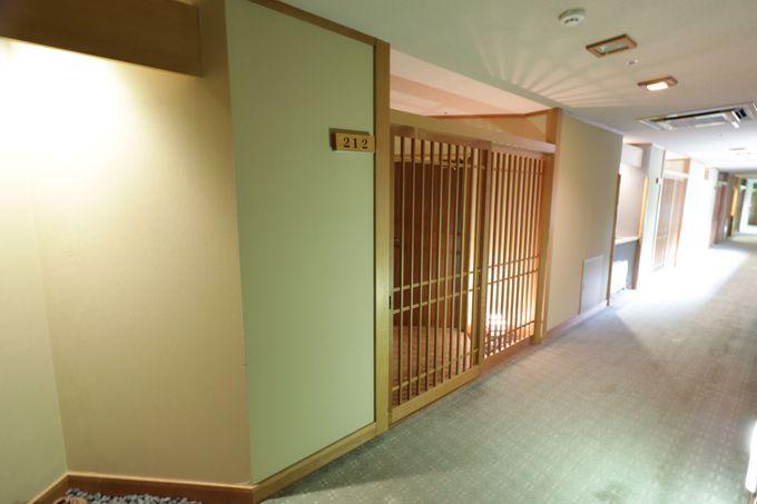 格子戸の玄関が付いた客室!ゆっくり入浴できる貸切風呂もお勧め