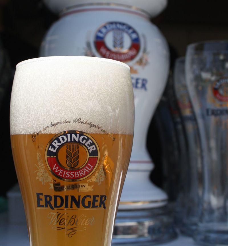 ドイツのオクトーバーフェストが日本に!ビールと雰囲気にのまれる!