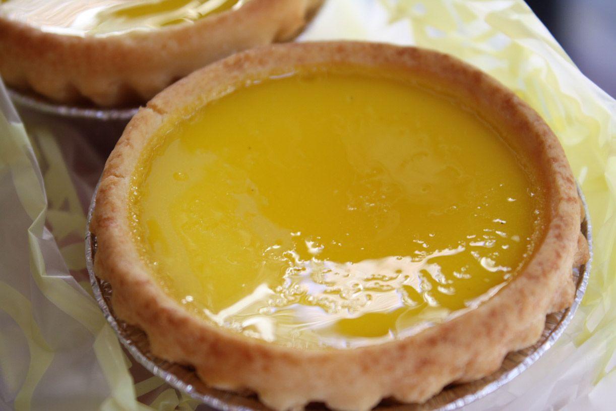 黄色く輝くクリームが美しすぎる焼き菓子!老舗「泰昌餅家」の「エッグタルト」!