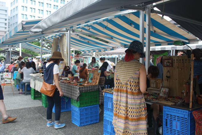 毎週日曜日にはファーマーズマーケットが開催!