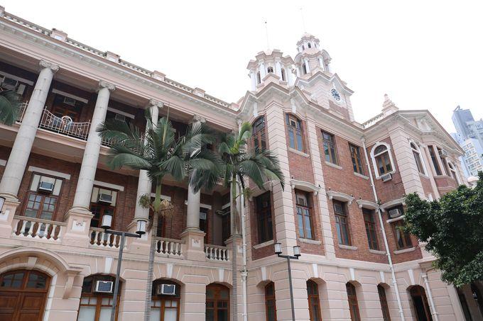 家族連れが集う名門「香港大学」