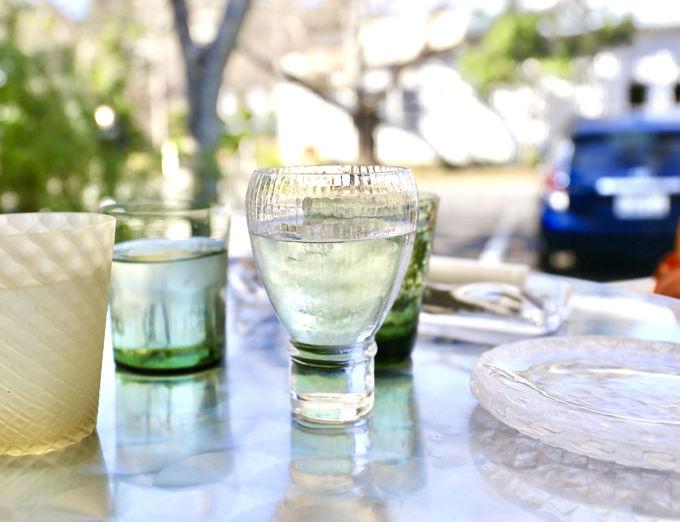 感動!テーブルで繰り広げられるガラスショー