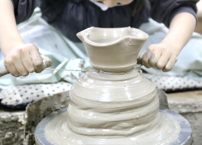 あこがれのろくろに挑戦!粘土使い放題の陶芸体験