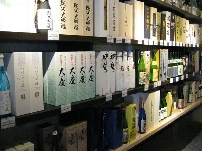 ズラリと並べられた石川県の銘酒の数々!
