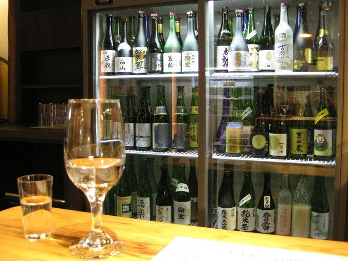 常時80種類のお酒が揃う!試飲スペース