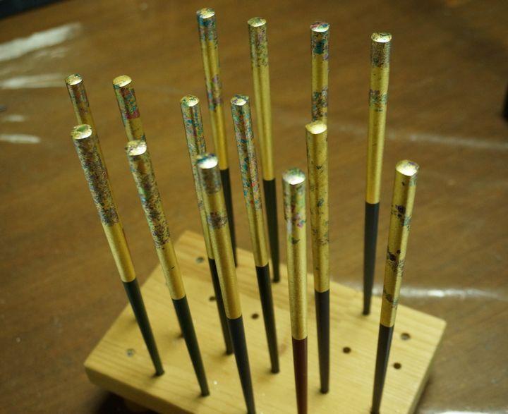 金沢で箔押し体験!見て美しい、使って美しくなれる金箔にふれる