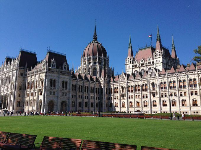 世界で最も美しい国会議事堂