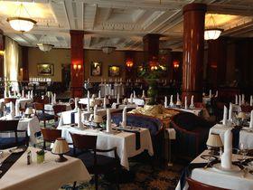 ハンガリー老舗高級レストランGundel(グンデル)攻略法教えます。