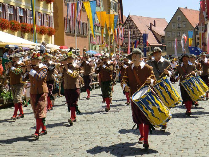 地元民の地元民による地元民のための祭り