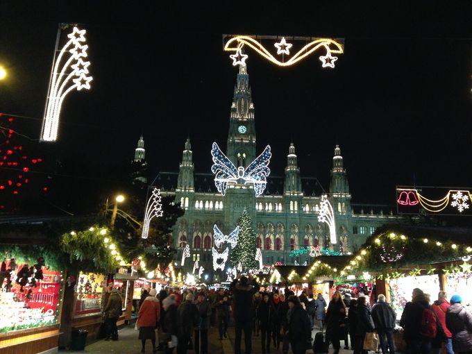 まずは行ってみたい「市庁舎前のクリスマスマーケット」