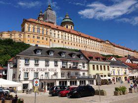 豪華すぎる!?ヴァッハウ渓谷「メルク修道院」はウィーンからの小旅行にぴったり