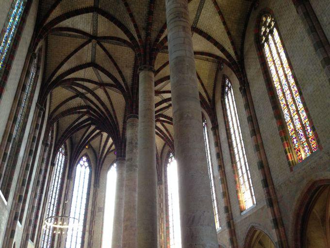写真に収めたい「ジャコバン修道院」の天井