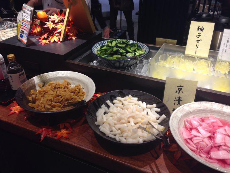 漬物とおばんざいが食べ放題!「竈炊き立てごはん土井」京都駅八条口店