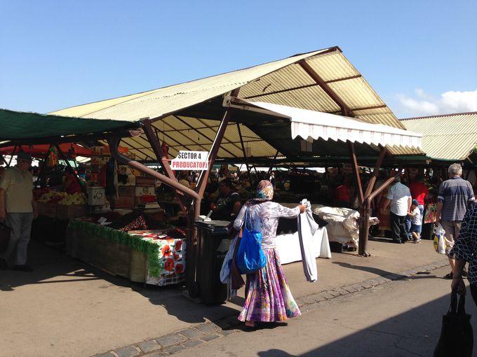 ルーマニアの市場ここがポイント その4:昔ながらの販売スタイル